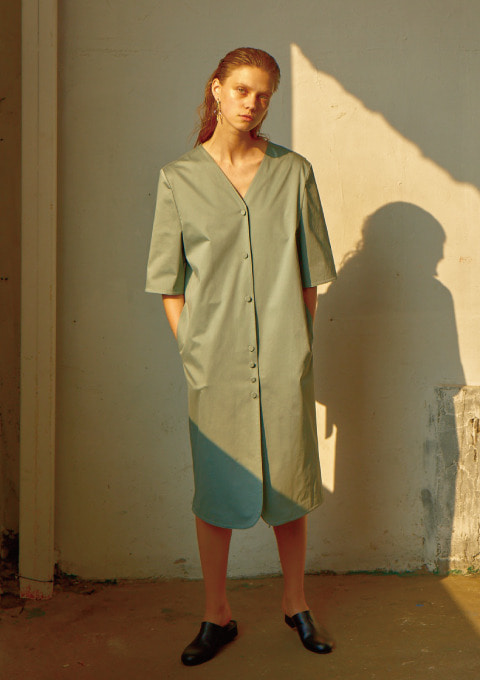 BUTTON DOWN DRESS - MINT