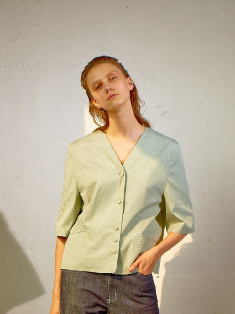 V CUT BLOUSE - GREEN CHECK