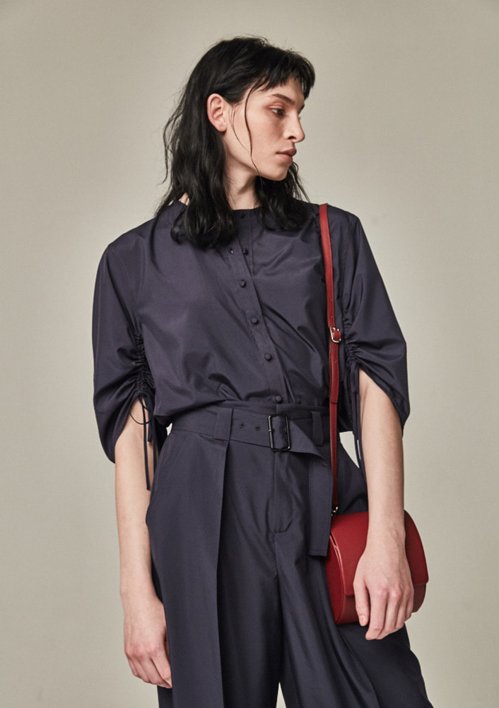 BLOWN SLEEVE BLOUSE - NAVY